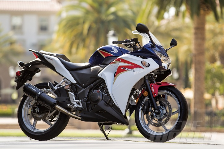 Honda-CBR250R-ABS-static