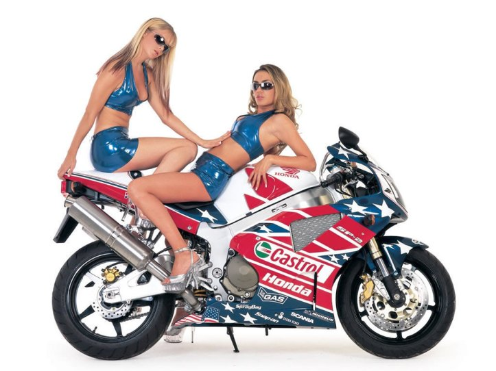 BIKE-BABES-motorcycles-8978087-1024-768