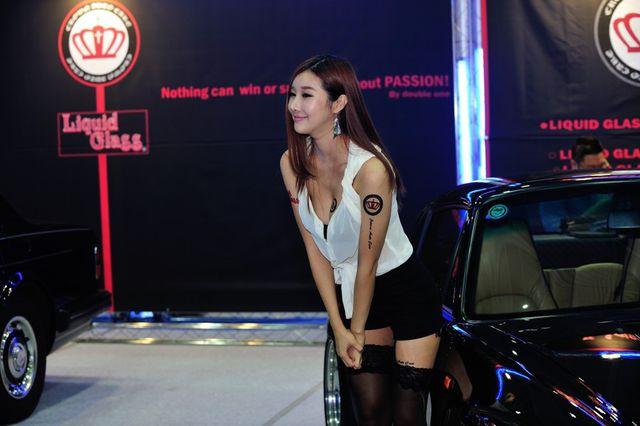 model_seoul_auto_salon_part_2-20140524-010-editor