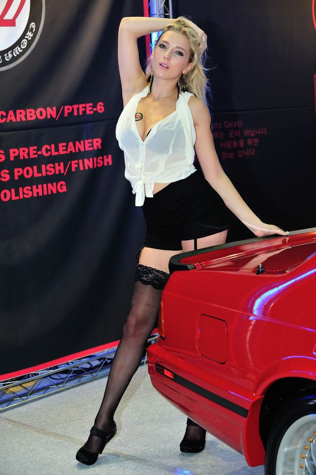 model_seoul_auto_salon_part_2-20140524-013-editor