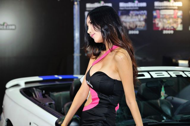model_seoul_auto_salon_part_2-20140524-015-editor