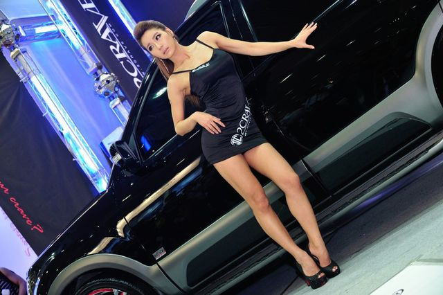 model_seoul_auto_salon_part_2-20140524-017-editor