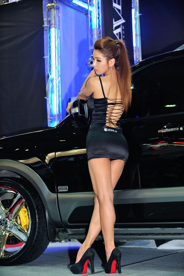 model_seoul_auto_salon_part_2-20140524-019-editor