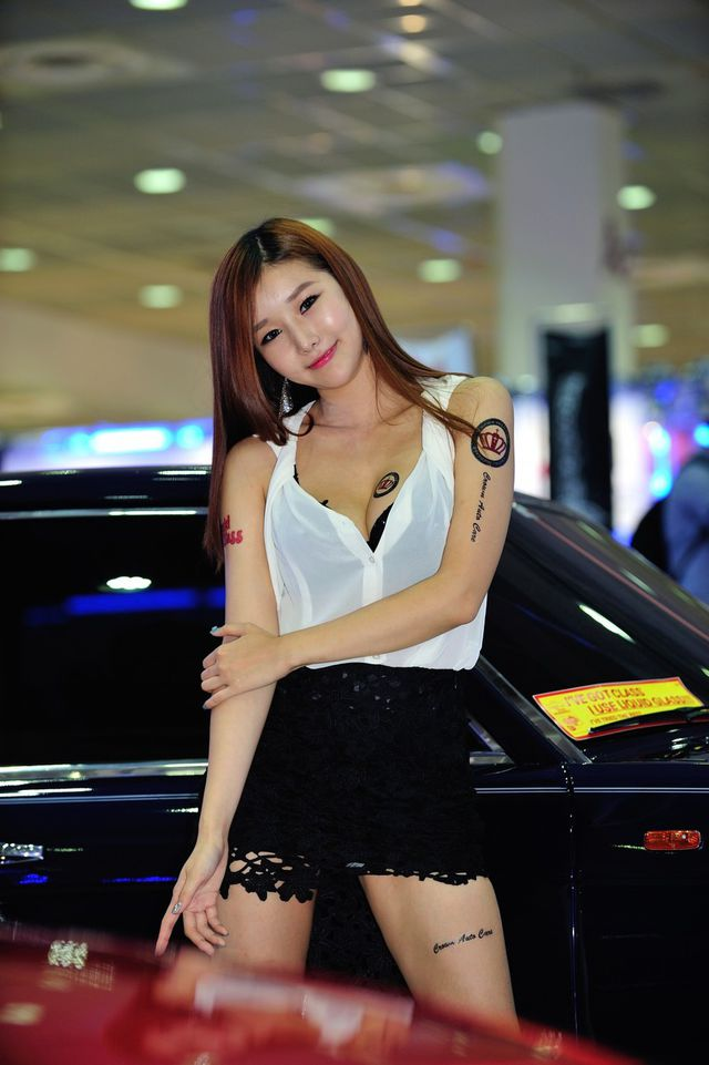 model_seoul_auto_salon_part_2-20140524-023-editor