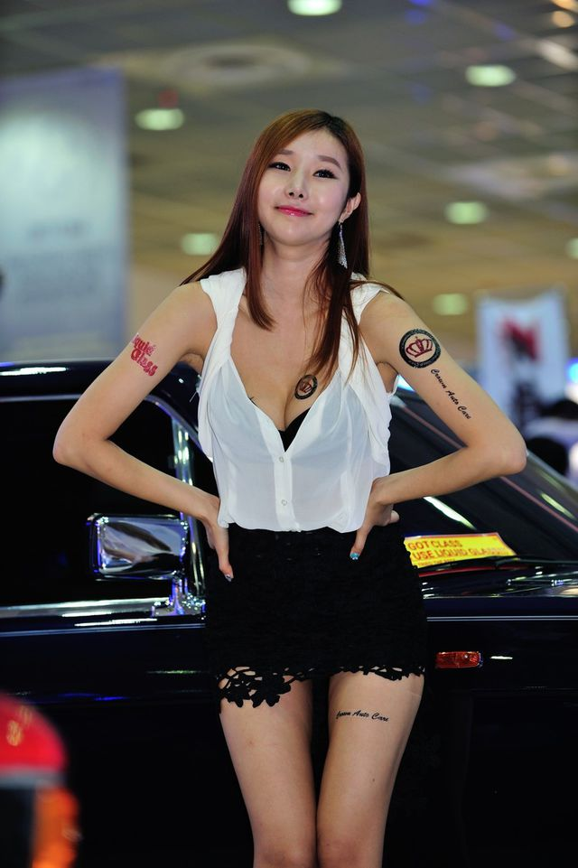 model_seoul_auto_salon_part_2-20140524-024-editor