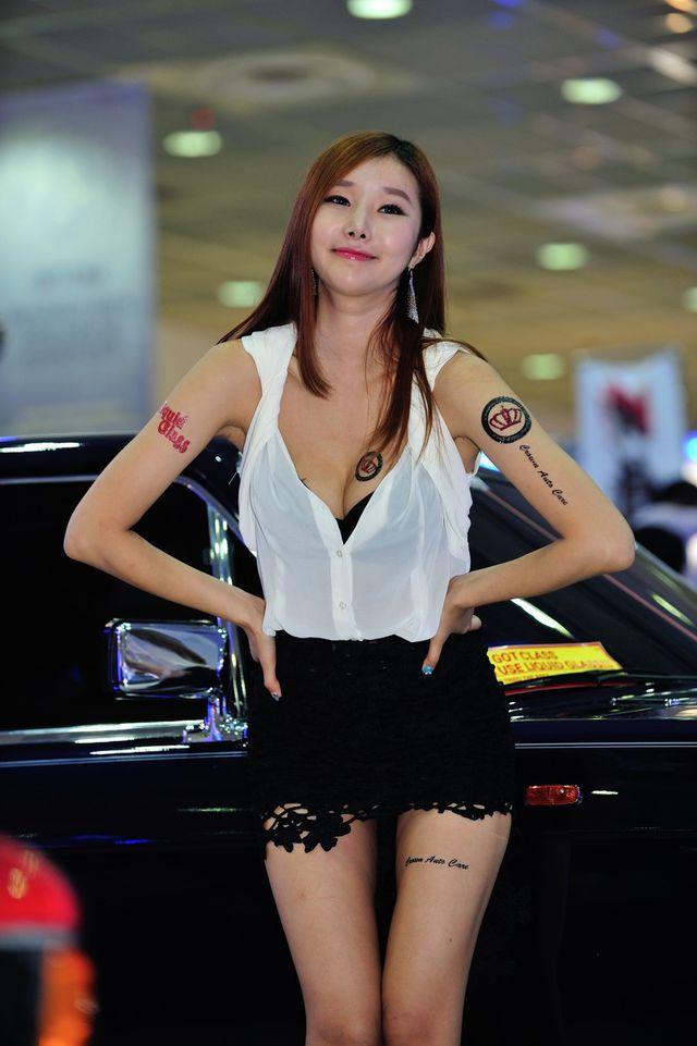 model_seoul_auto_salon_part_2-20140524-024-editor