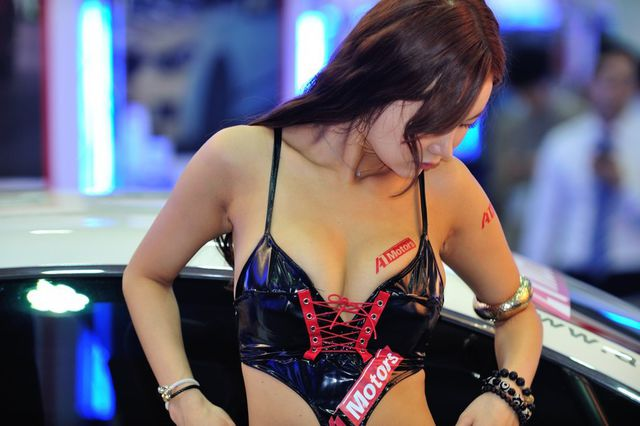 model_seoul_auto_salon_part_2-20140524-025-editor