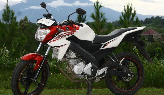 PT Yamaha Indonesia Motor Manufactruing YIMM Belum Lama Ini Meluncurkan Dua Senjata Terbarunya Di Kelas Sport R15 Dan R25
