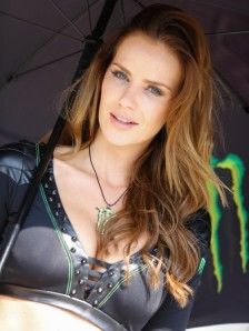 10_paddock-girls__gp_5396_slideshow