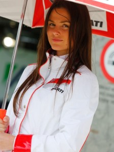 28_paddock-girls__gp_5449_slideshow