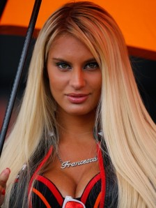 7_paddock-girls__gp_4349_slideshow
