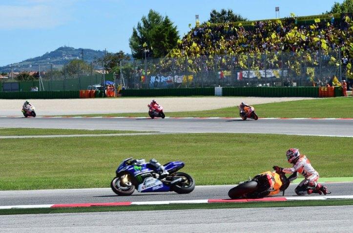 Foto-Marquez-Terpeleset-di-MotoGP-Misano-2014