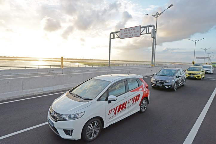 Gallery-All-New-Honda-Jazz-2014-10