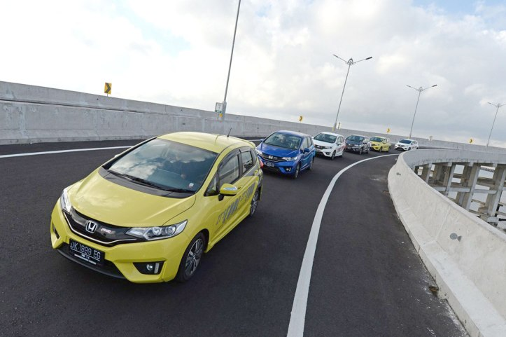Gallery-All-New-Honda-Jazz-2014-4