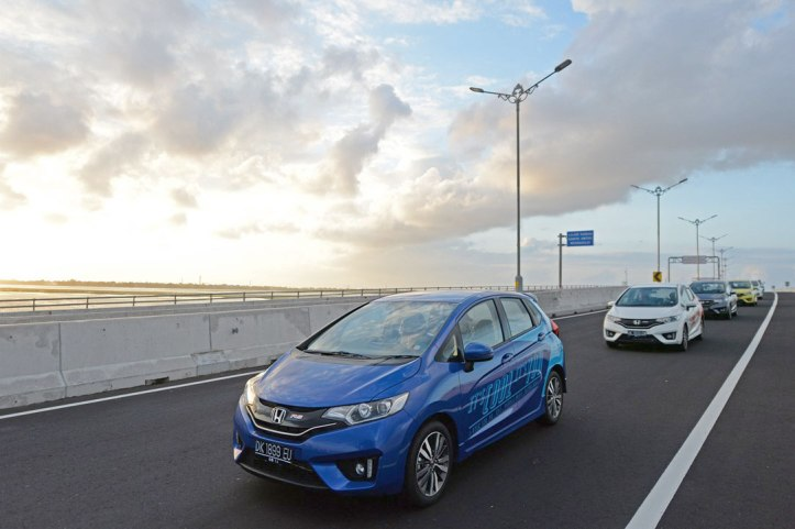 Gallery-All-New-Honda-Jazz-2014-9