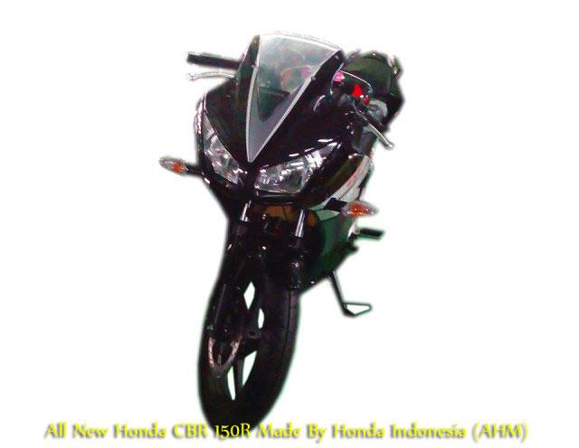 HondaCBR150Rlokalok