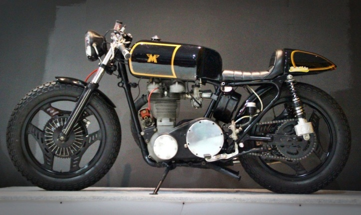 MATCHLESS_caferacer