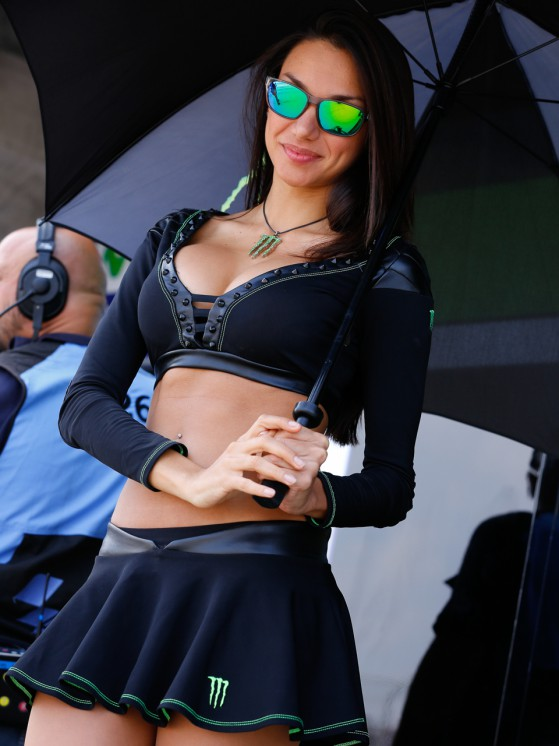 paddock-girls__gp_2500_slideshow