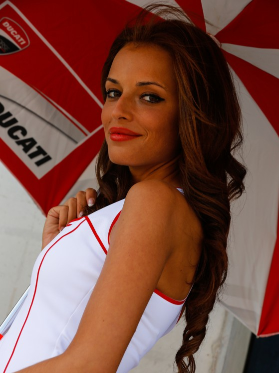 paddock-girls__gp_2536_slideshow