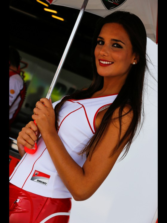 paddock-girls__gp_2551_slideshow