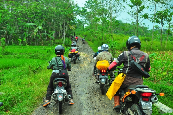 indonesia-ride-adventure-ii-20140620101222-1529