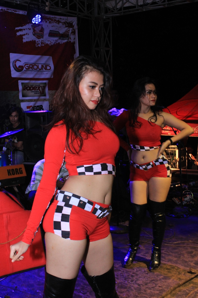 Hhot sexy dancer indonesia