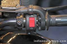 yamaha-fz-25-handlebar-switchgear-right