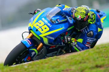 29-andrea-iannone-ita_gp_8979-gallery_full_top_lg
