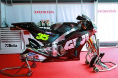 35-cal-crutchlow-eng_gp_0047-gallery_full_top_lg