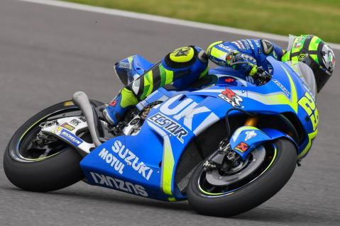 29-andrea-iannone-italg5_9946.gallery_full_top_lg