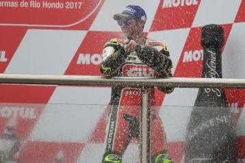 35-cal-crutchlow-engbl1_6413.gallery_full_top_lg