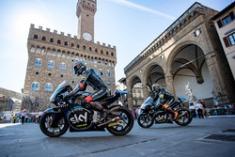 moto2-mugello-2017-andrea-migno-sky-racing-team-vr46-and-francesco-bagnaia-sky-racing-team