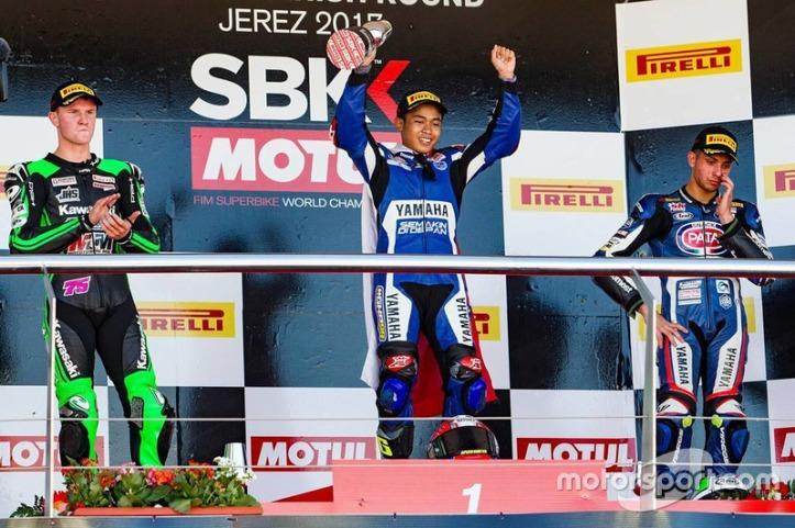 wsbk-jerez-2017-podium-worldssp300-scott-deroue-galang-hendra-dan-alfonso-coppola.jpg