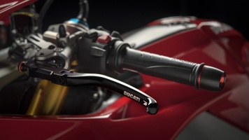 Panigale-1409-MY18-Red-06-Slider-Gallery-1920x1080
