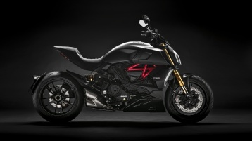 diavel-1260-s-my19-03-gallery-1920x1080